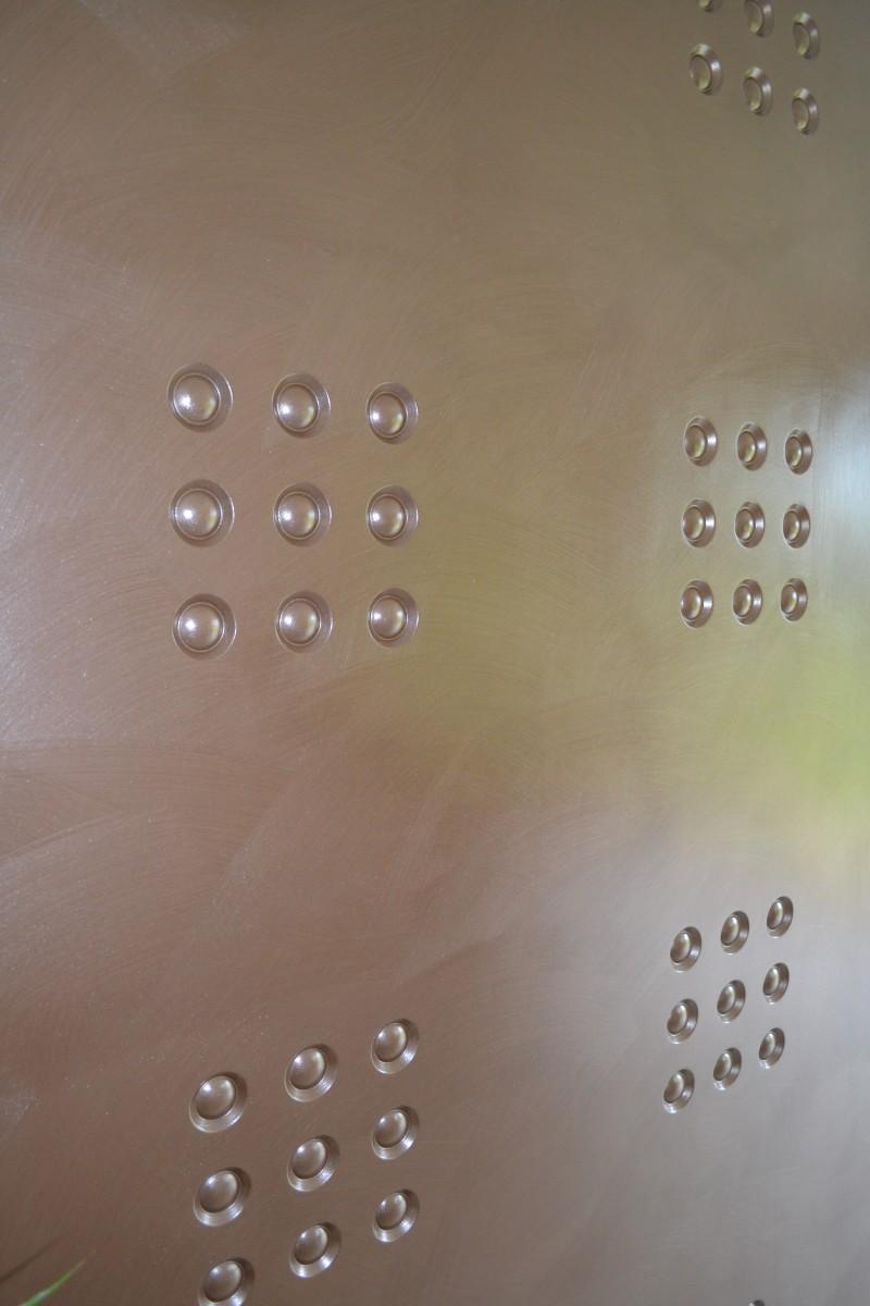 1-STAFF-Macarons-Réf-7073-Plaque-120x60cm-PEINTURE-METALLISEE-Teinte-19-Rive-Argentée-DOMATERRA-e1442841231150