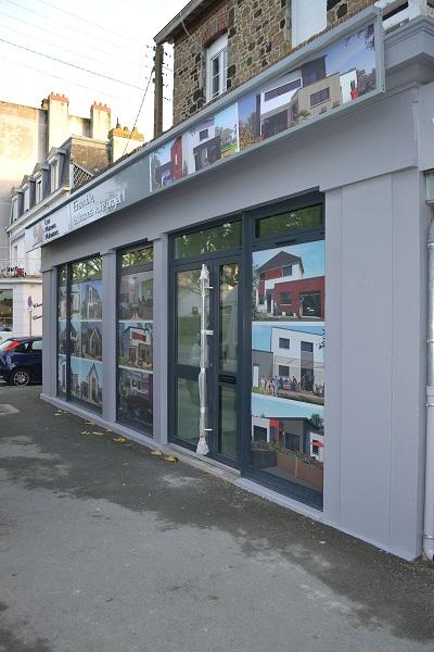Mise en peinture de la devanture de magasin