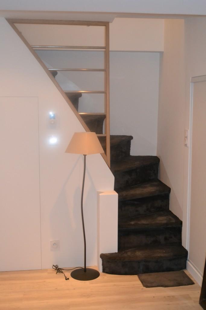 Moquette dans escalier